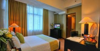 The Malayan Plaza - Manila - Yatak Odası