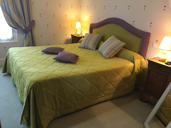 Le Manoir Saint Thomas - Amboise - Makuuhuone