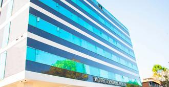 Hotel Central Plaza - Medellín - Building