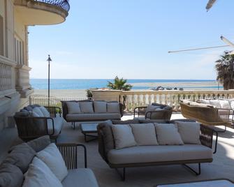 Hotel Marechiaro - Gizzeria - Balcony