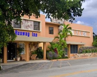 Runway Inn Miami International Airport - Miami Springs - Edificio