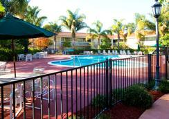聖喬斯機場克拉麗奧酒店 - 聖荷西 - 聖何塞 - 游泳池
