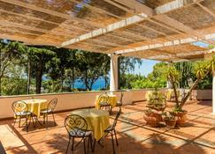 Casa Caprile - Anacapri - Outdoor view