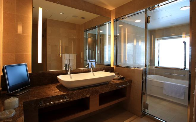 Hotel Monterey Grasmere Osaka - Οσάκα - Μπάνιο