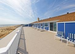 Atlantic View Hotel - Dewey Beach - Patio