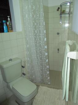 Breeze of Paradise - Colombo - Bathroom