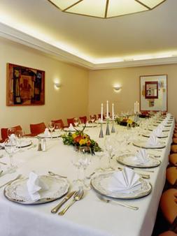 Schlosspark Hotel - Berlin - Banquet hall