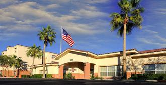 Residence Inn by Marriott Phoenix Airport - Phoenix - Edificio