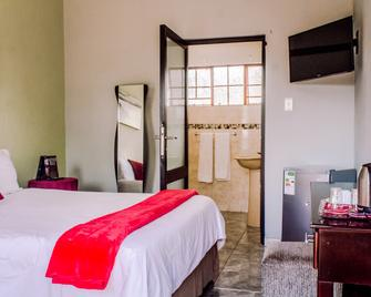 The Exclusive Joint Guest House - Manzini - Slaapkamer