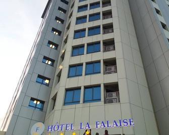 Hotel La Falaise Bonapriso - Douala - Gebouw