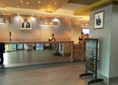 Hotel La Falaise Bonapriso - Douala - Lobby