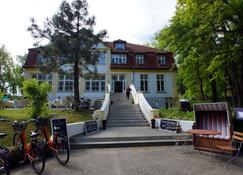 Hotel Idyll am Wolgastsee - Korswandt - Building