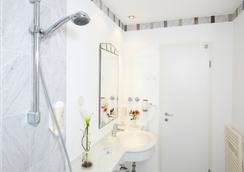 Hotel Residenz - Heringsdorf - Kylpyhuone