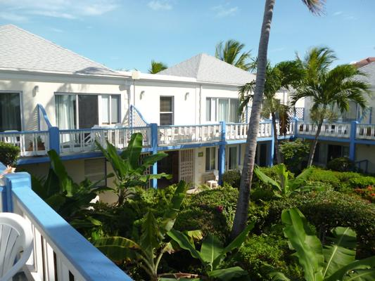 Sibonne Beach Hotel - Providenciales - Building