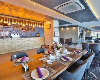 Royal Comfort Hotel - Araklı - Restaurant