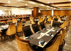 The Allure Grand Resort - Manali - Restaurant