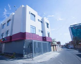 Hostal Vasco - Tacna - Gebäude