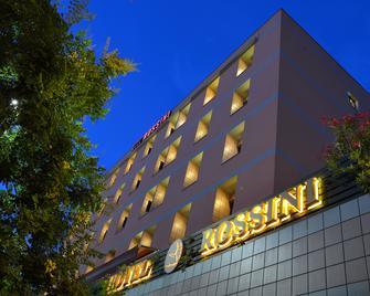 Hotel Rossini - Pesaro - Edificio