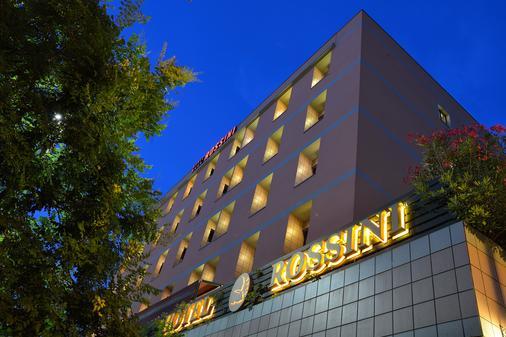 Hotel Rossini - Pesaro - Building