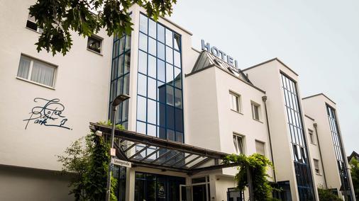 Hotel am Park - Leinfelden-Echterdingen - Gebäude