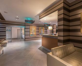 Hotel Admiral - Lugano - Lobby