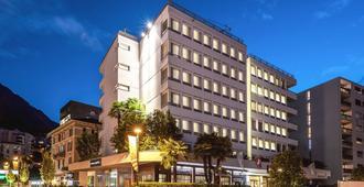 Hotel Admiral - Λουγκάνο - Κτίριο