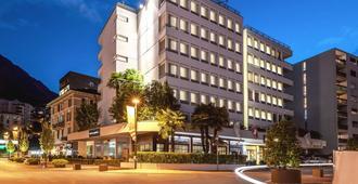 Hotel Admiral - Лугано - Здание