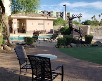 Lakeshore Hotel and Suites - Fountain Hills - Pool