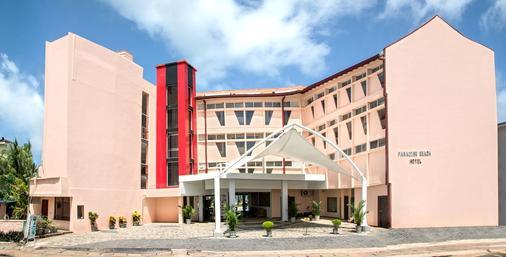 Paradise Beach Hotel - Negombo - Building