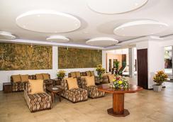 天堂海灘酒店 - 內岡坡 - 尼甘布 - 大廳