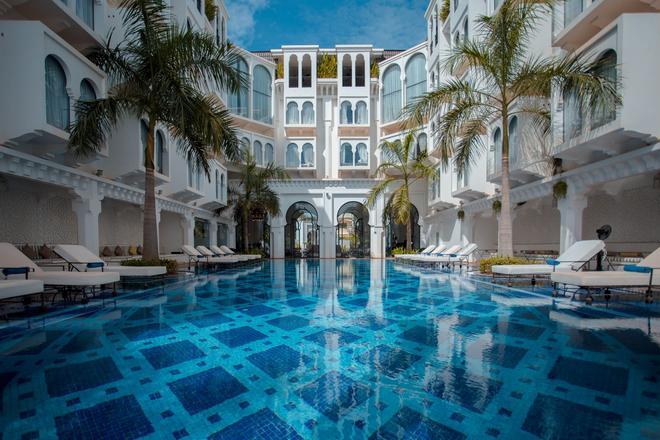 Sarai Resort And Spa - Siĕm Réab - Uima-allas