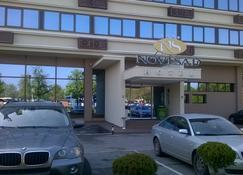 Hotel Novi Sad - Novi Sad - Edificio