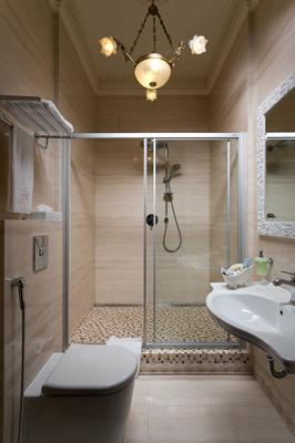 Hotel 19 - Harkova - Kylpyhuone