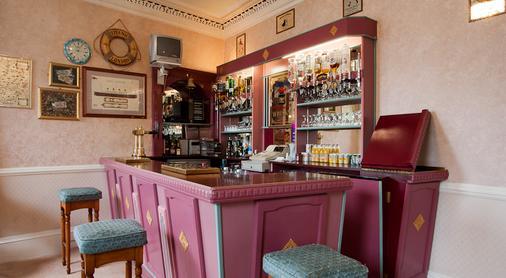 Waverley Hotel - Nairn - Bar