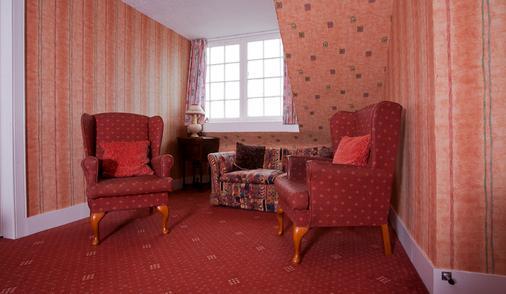 Waverley Hotel - Nairn - Living room