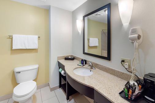 Sleep Inn & Suites - Norman - Bathroom