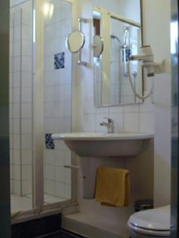 Hotel-Garni An der Weide - Berlin - Bathroom