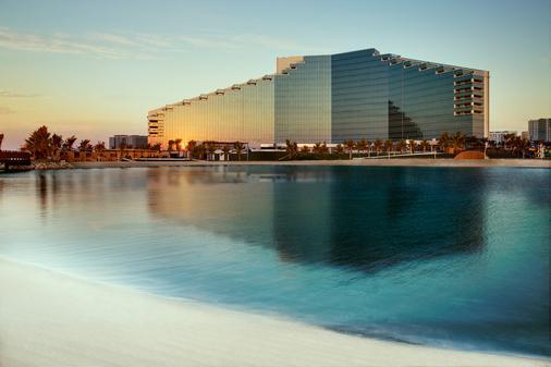 ART Rotana - Muharraq - Building