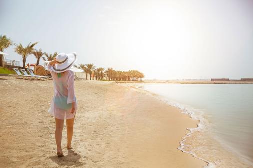 ART Rotana - Muharraq - Beach