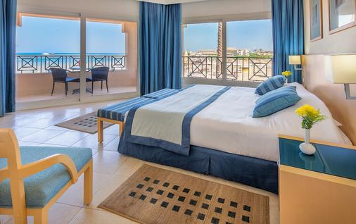Cleopatra Luxury Resort Makadi Bay - Hurghada - Bedroom