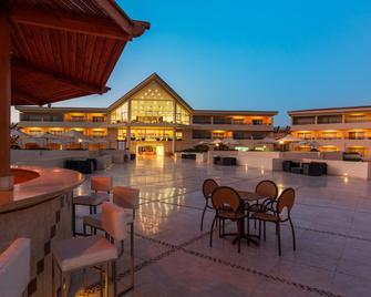 Cleopatra Luxury Beach Resort Makadi Bay - Adults Only - Makadi Bay - Gebäude