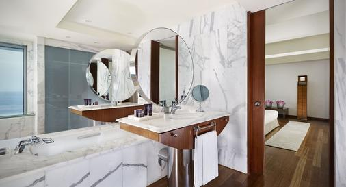 Hotel Arts Barcelona - Barcelona - Bathroom