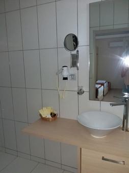 Alya Turkbuku Beach Hotel - Bodrum - Bathroom