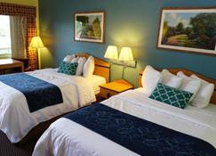 Virginia Inn - Lawrence - Bedroom