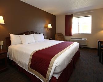 Victorian Inn & Suites - York - Schlafzimmer