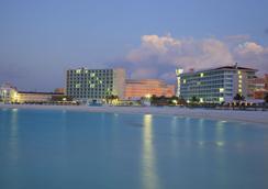 Krystal Cancun - Cancún - Building