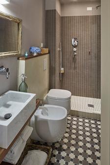 布魯鐵酒店 - 聖塔馬爾吉利塔利古瑞 - 聖瑪格麗塔-利古雷 - 浴室