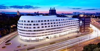 DoubleTree by Hilton Wroclaw - ורוצלב - בניין