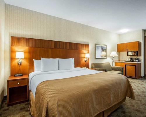 Clarion Hotel Portland International Airport - Portland - Bedroom