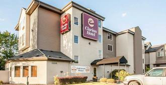 Clarion Hotel Portland Airport - Portland - Building